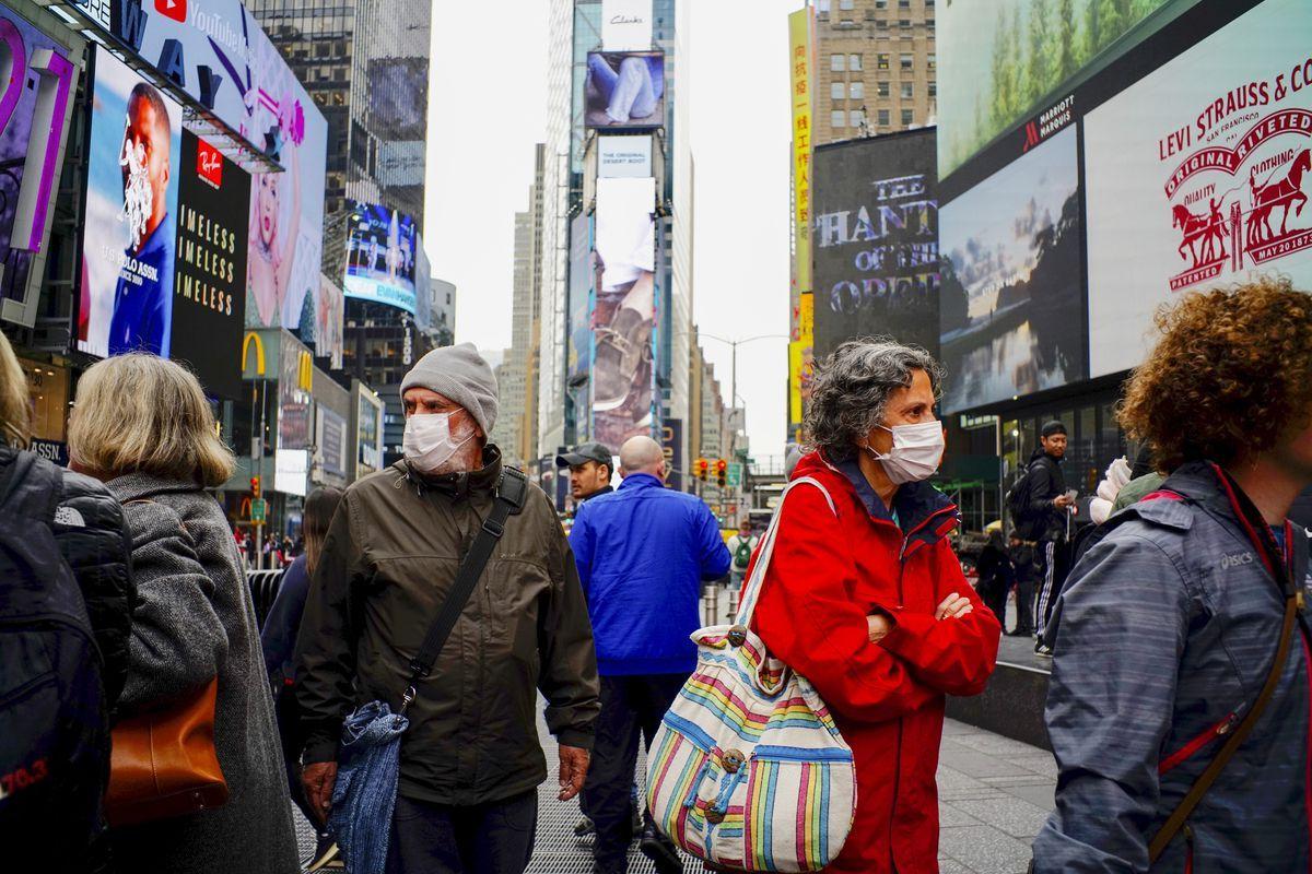 En Nueva York retoman la cotidianeidad en presencia del virus.