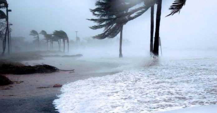 El huracán Delta pone en alerta a Estados Unidos y México.