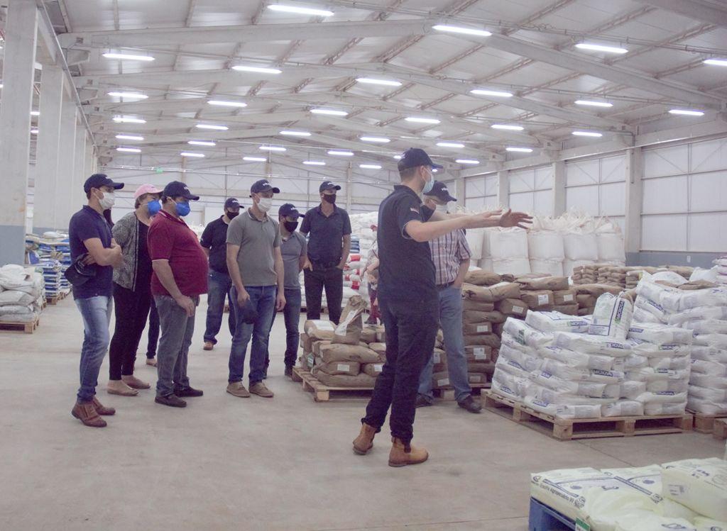 Los productores recorrieron la planta industrial de Vitamix