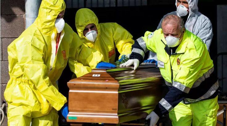 Un total de 34.010 muertes ya produjo la pandemia del coronavirus según la Universidad Johns Hopkins.